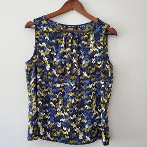 Nine West sleeveless blouse size medium